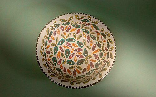 Ensaladera de cerámica petalada